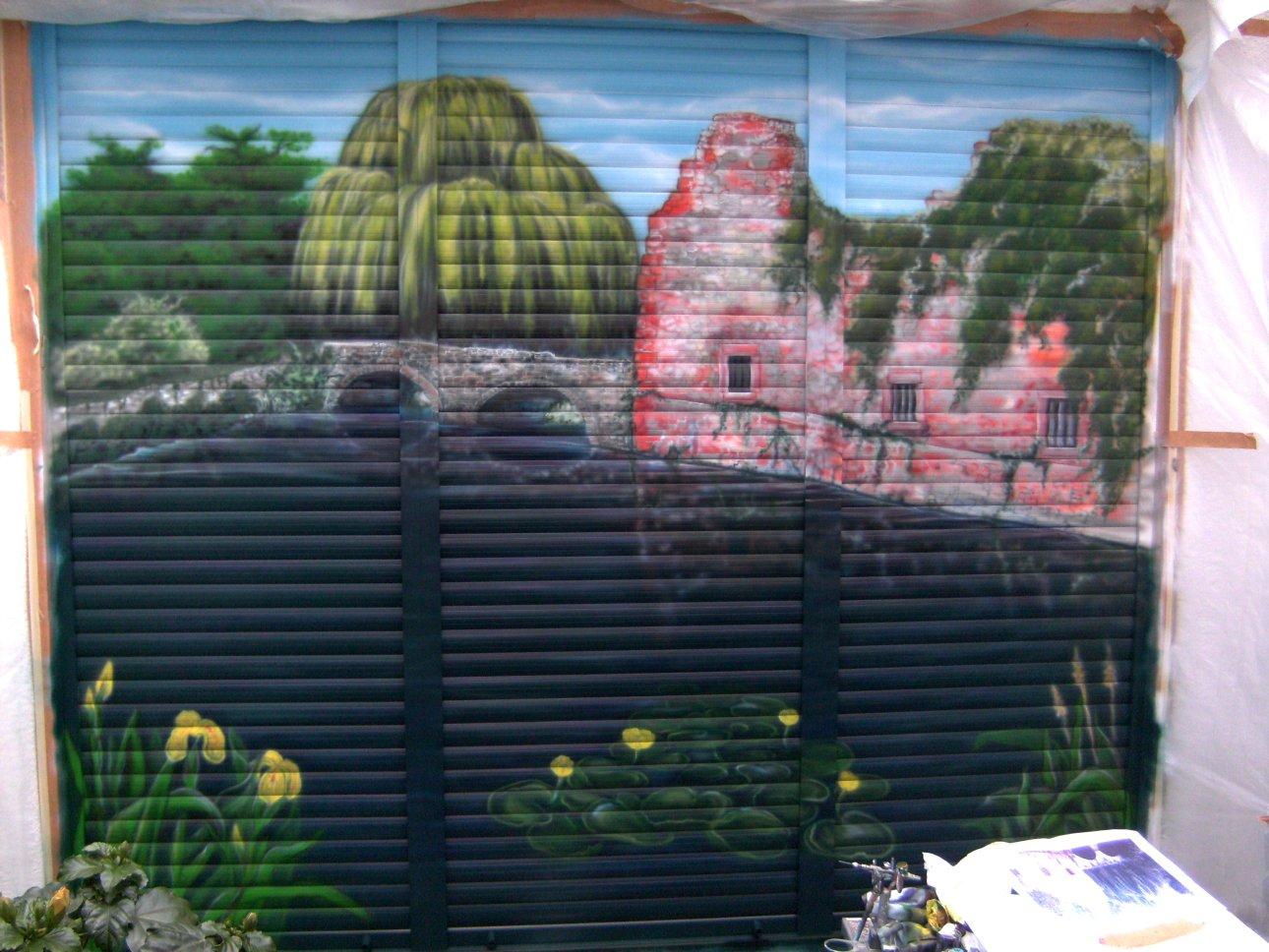 Airbrush auf Fenster & Rollläden